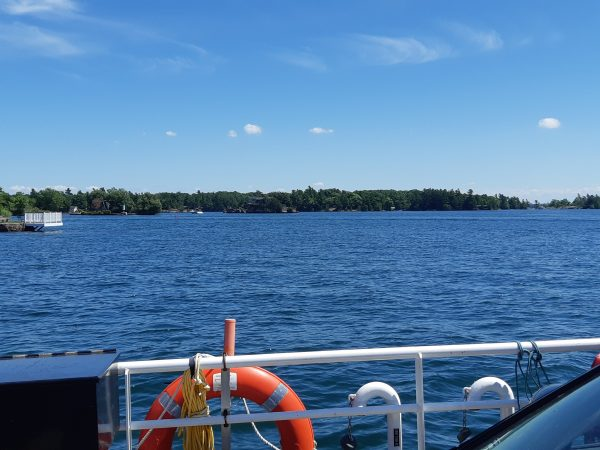 Ferry to Howe Island